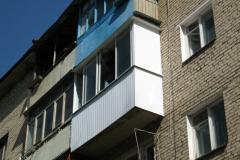 Остекление балкона с глухими боковинами