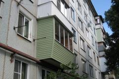 наружная отделка балкона с выносом