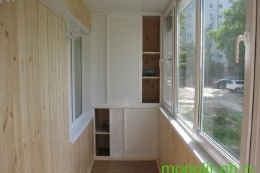 Шкаф 2-х секционный до потолка на балконе/лоджии