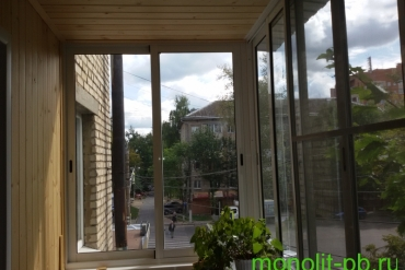 Балкон «под ключ» с выносом вперед по подоконнику, г.Тула.