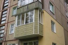 Выносной балкон со скошенными углами («евробалкон») на ул.Волоховской, г.Тула.