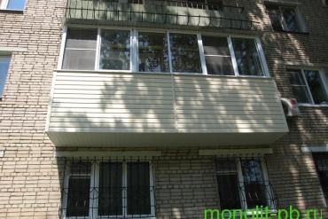 Выносной балкон «под ключ» с увеличением вперед по плите на ул.Сойфера, г.Тула